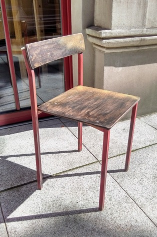 Rust&Sand, refreshed school chair, 2017. (varnish, sandpaper, spray paint) © designdinova